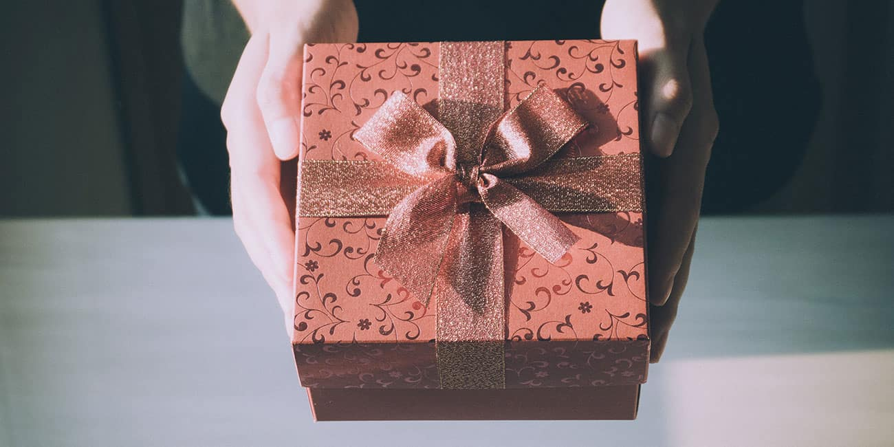 Christmas-Gifts-For-Young-Women