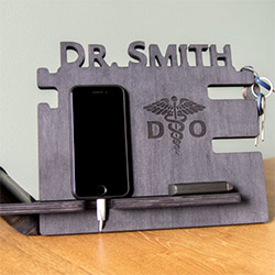 Cool Medical Student Gift Ideas Charging Station
